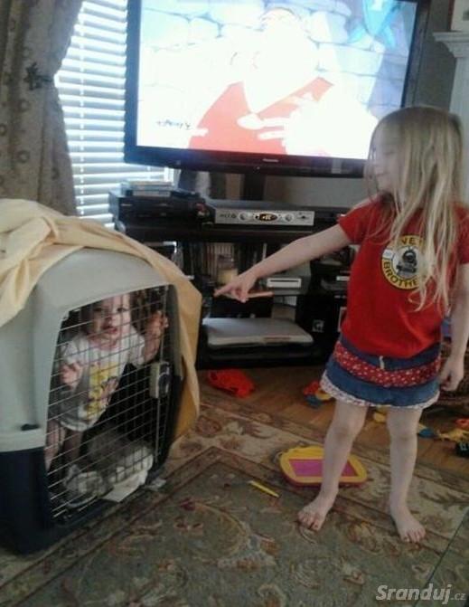Hlídání mladšího sourozence