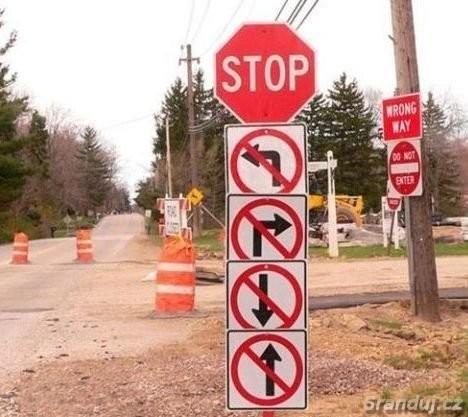 Podivné silniční značení